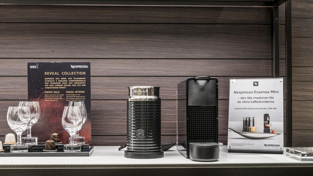 Adder FineLine Retail Displays by XL Displays